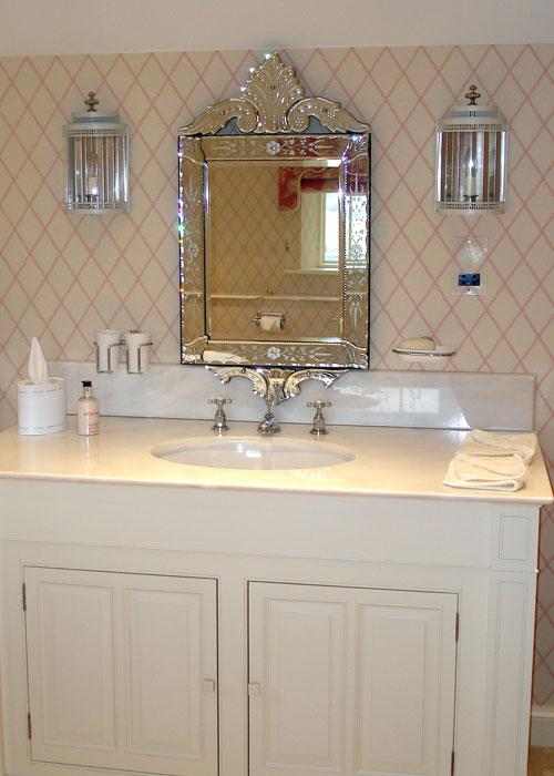 Venetian mirror interior design from lulu carter for Lulu designs interior design