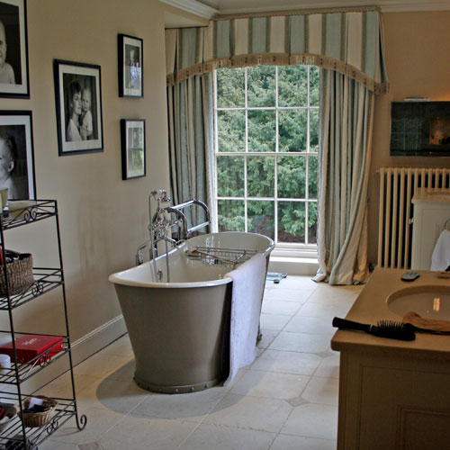 Fabulous Bathrooms By Lulu Carter